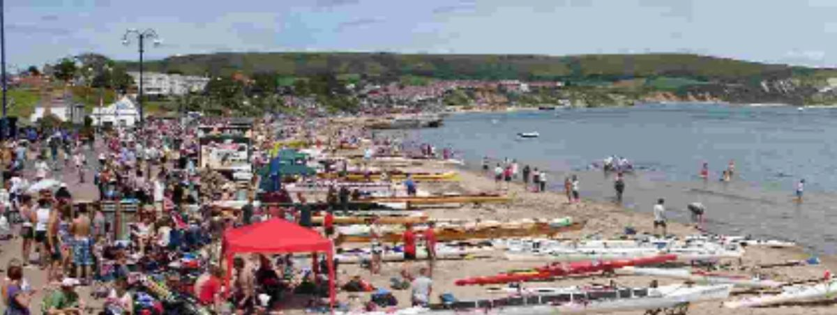 The Hampshire & Dorset Rowing Championship in full swing at Swanage.