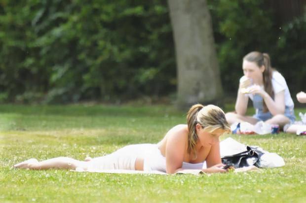 Hampshire residents can get back to sunbathing next week as hot weather returns