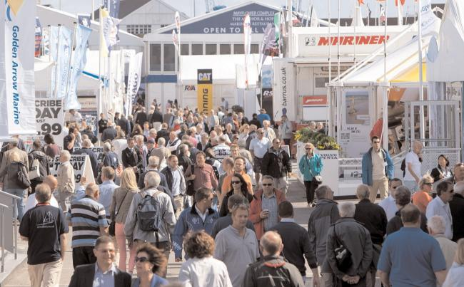 Crowds at Southampton Boat Show