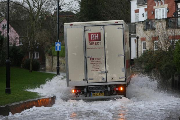 Daily Echo: Pictures from the floods in January 2014 - Hamble