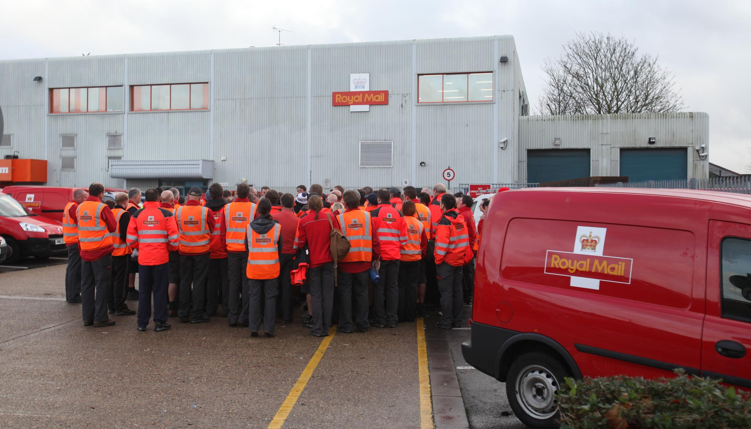 Southampton postal workers walk out after postman is suspended
