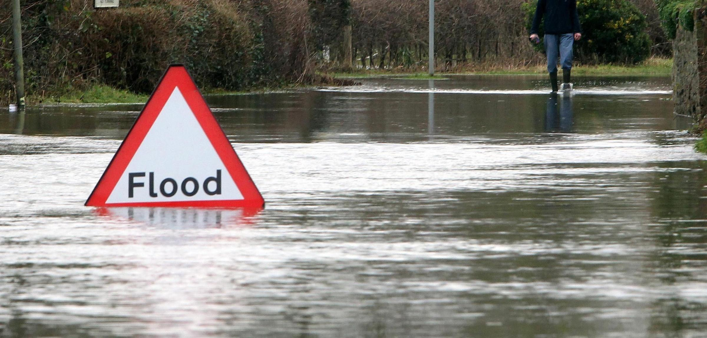 Major flood alert as 70 mile an hour storm to batter Hampshire
