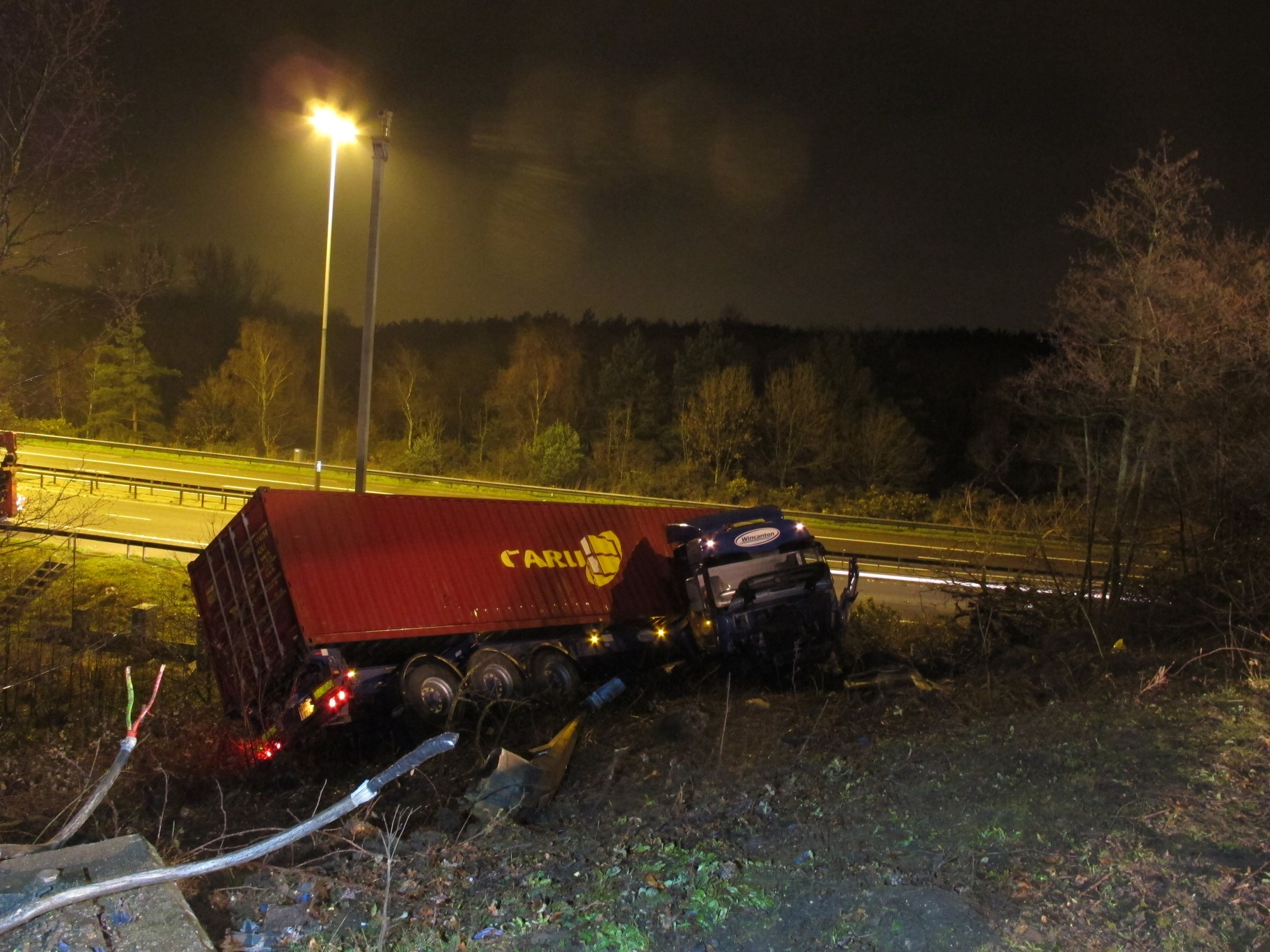 Lorry crash shut motorway