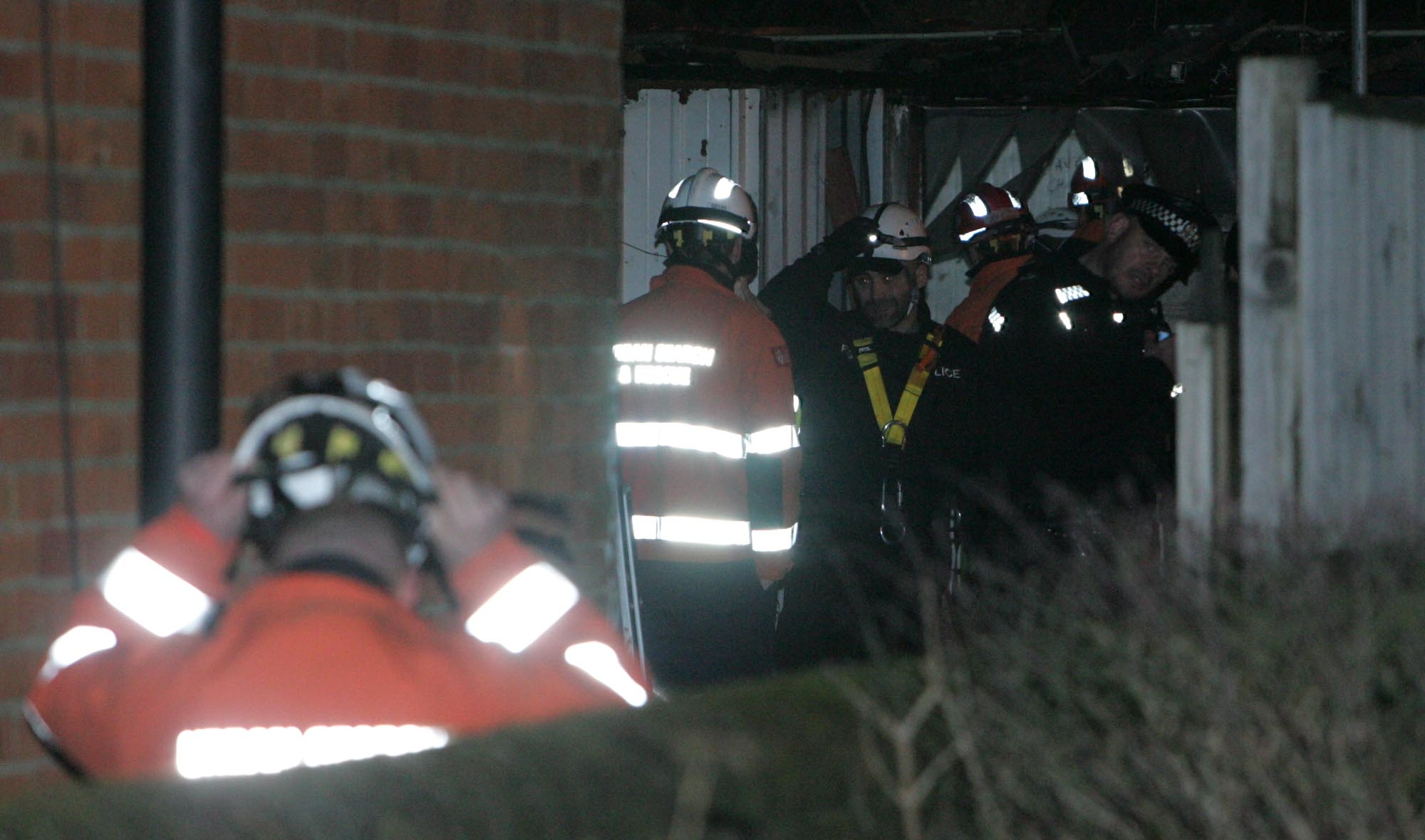 Specialist police teams search Hampshire home
