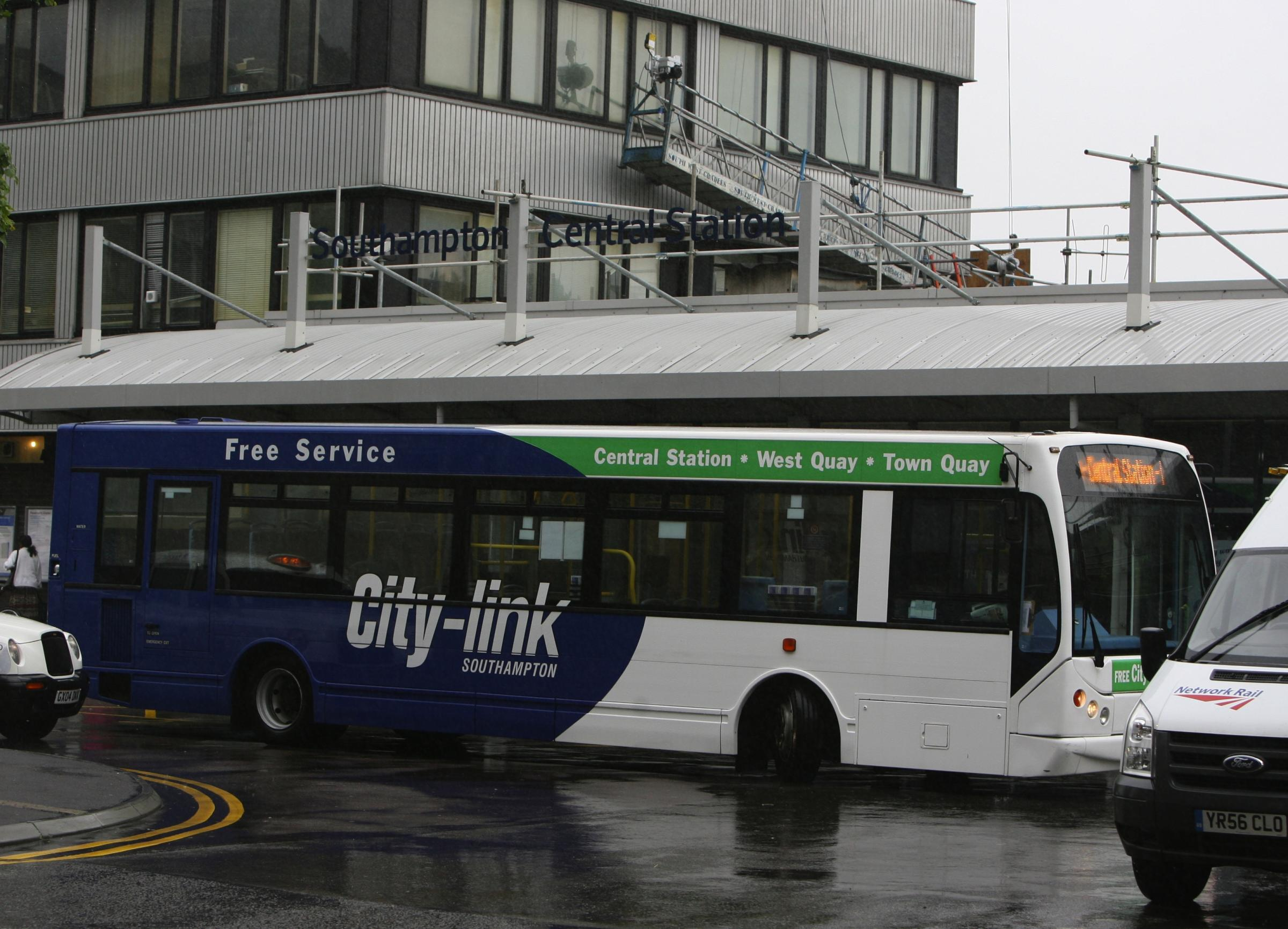 A City Link bus at Southampton Central Station
