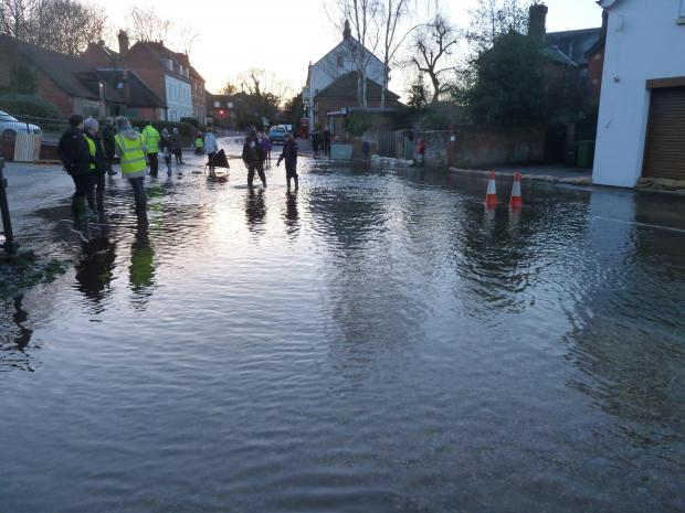 The Navy joins fire crews to battle against floods in Hampshire