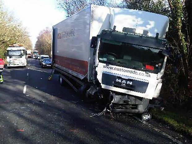 Daily Echo: Lorry crash shuts major road. Photo by Hampshire Constabulary