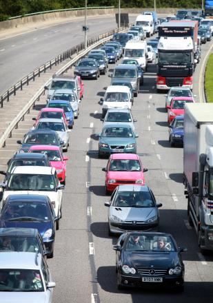 One hour delay for motorists after four vehicle crash