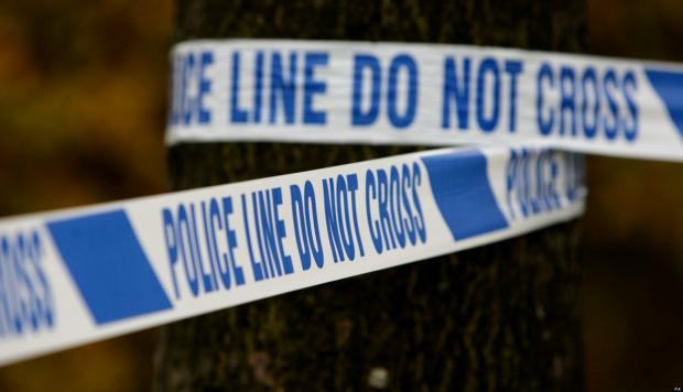 Knife gang assault man in street robbery
