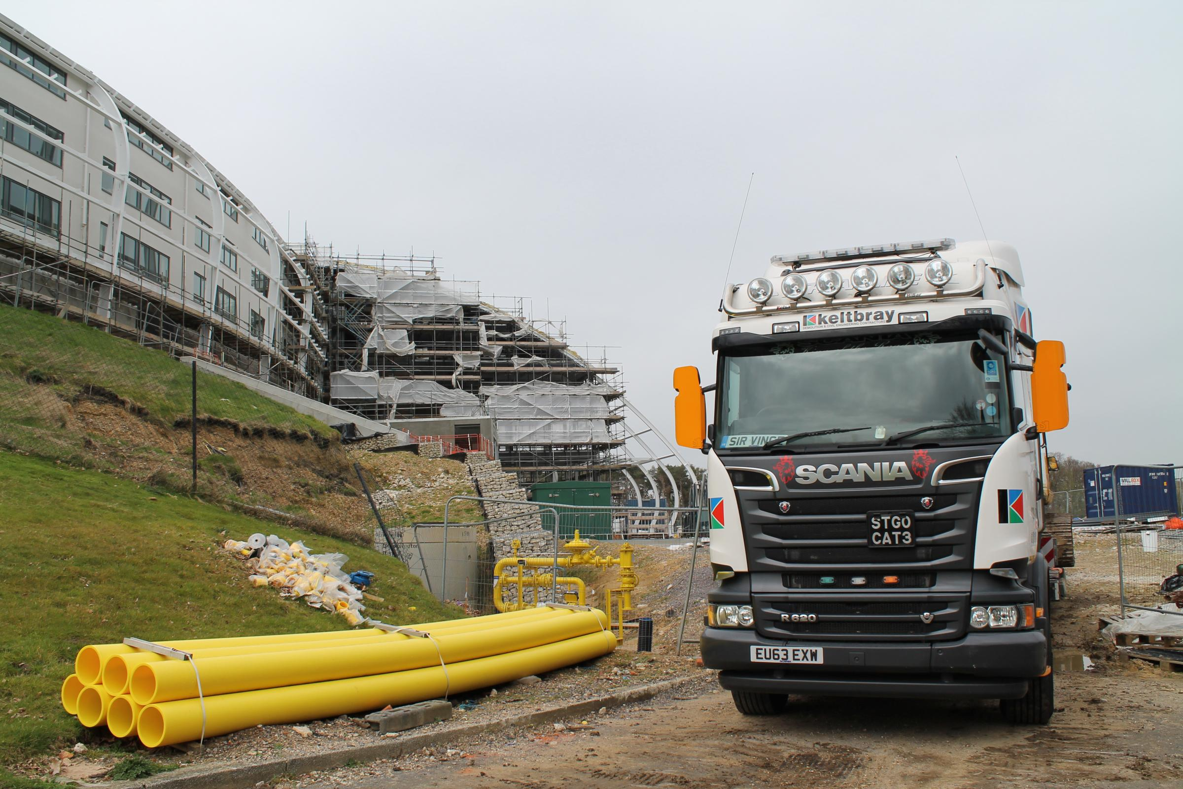 Work is back underway at the Ageas Bowl hotel