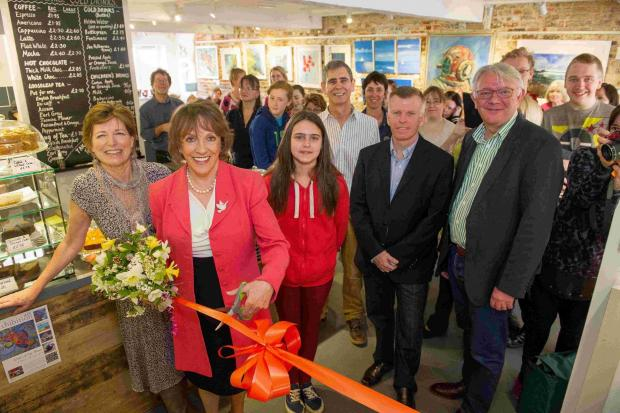Broadcaster opens community art gallery