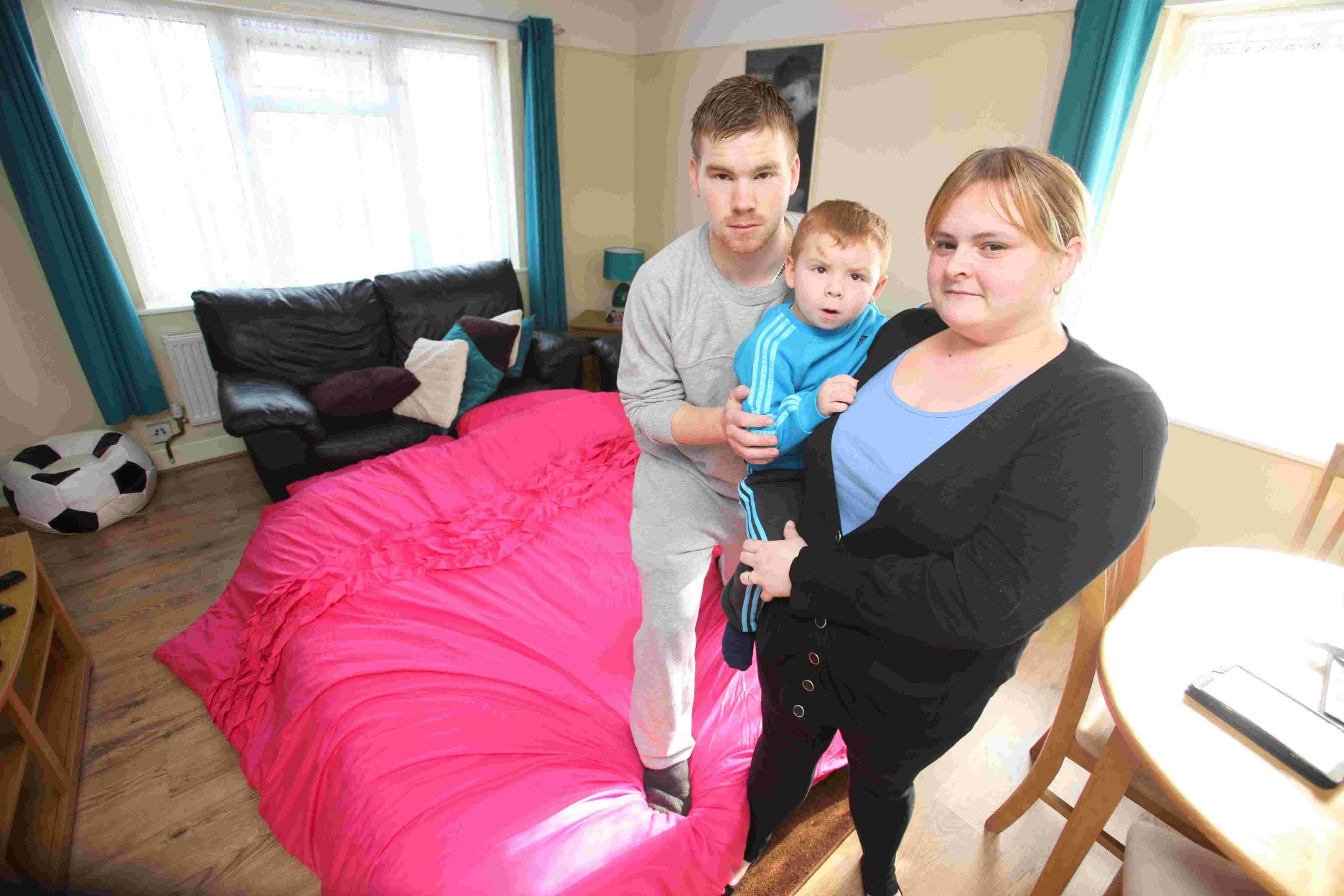 Couple fear for sick son's health in mouldy flat