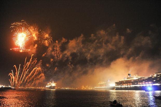 Dazzling firework display sends Three Queens on their way
