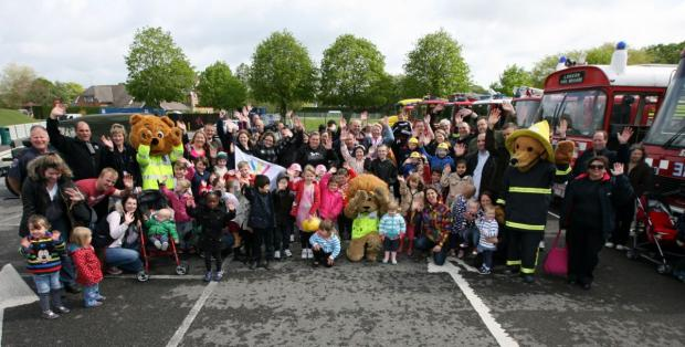Daily Echo: Children from Piam Brown ward visit Paultons Park for a family day out.
