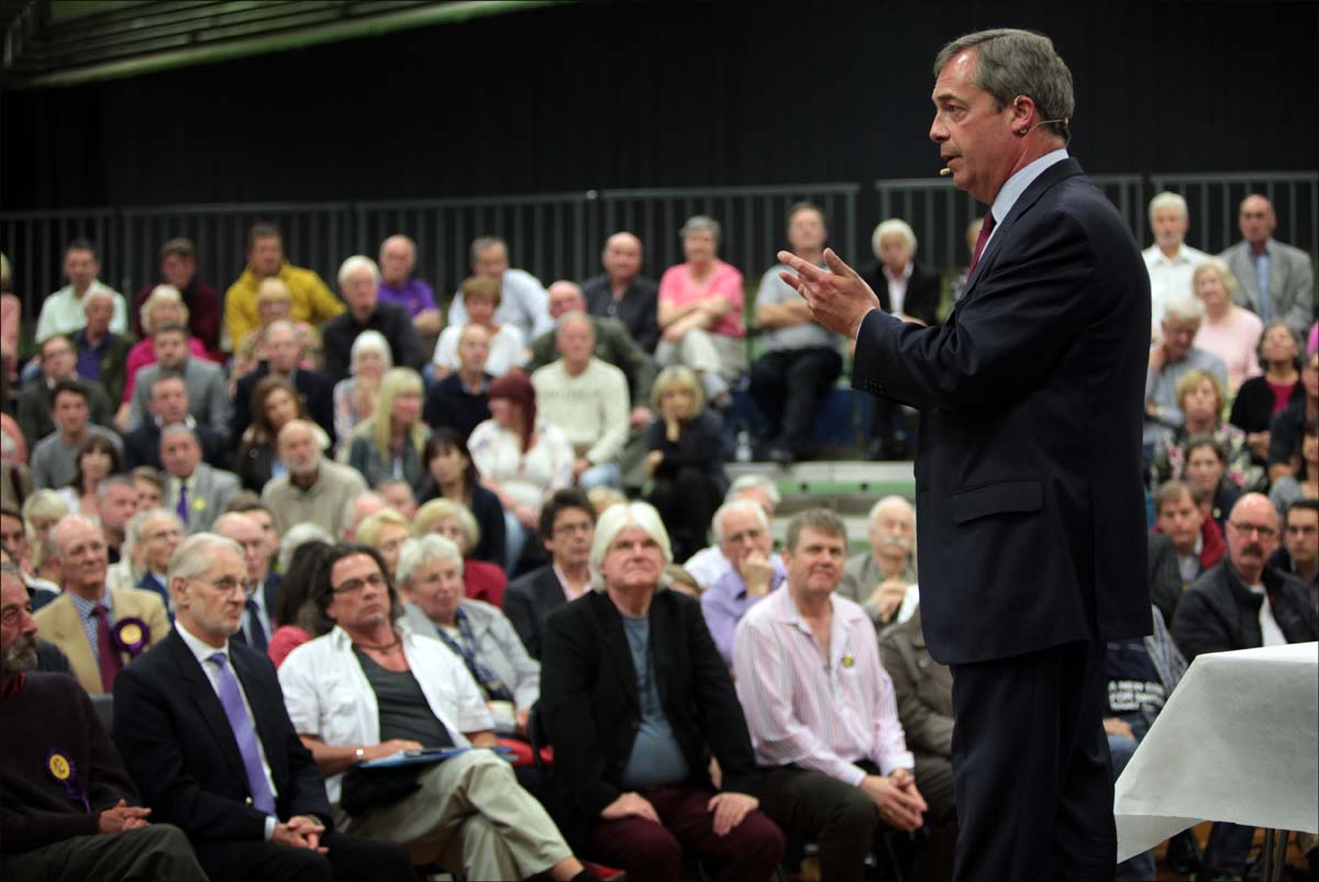 Nigel Farage meets UKIP supporters in Hampshire tonight.