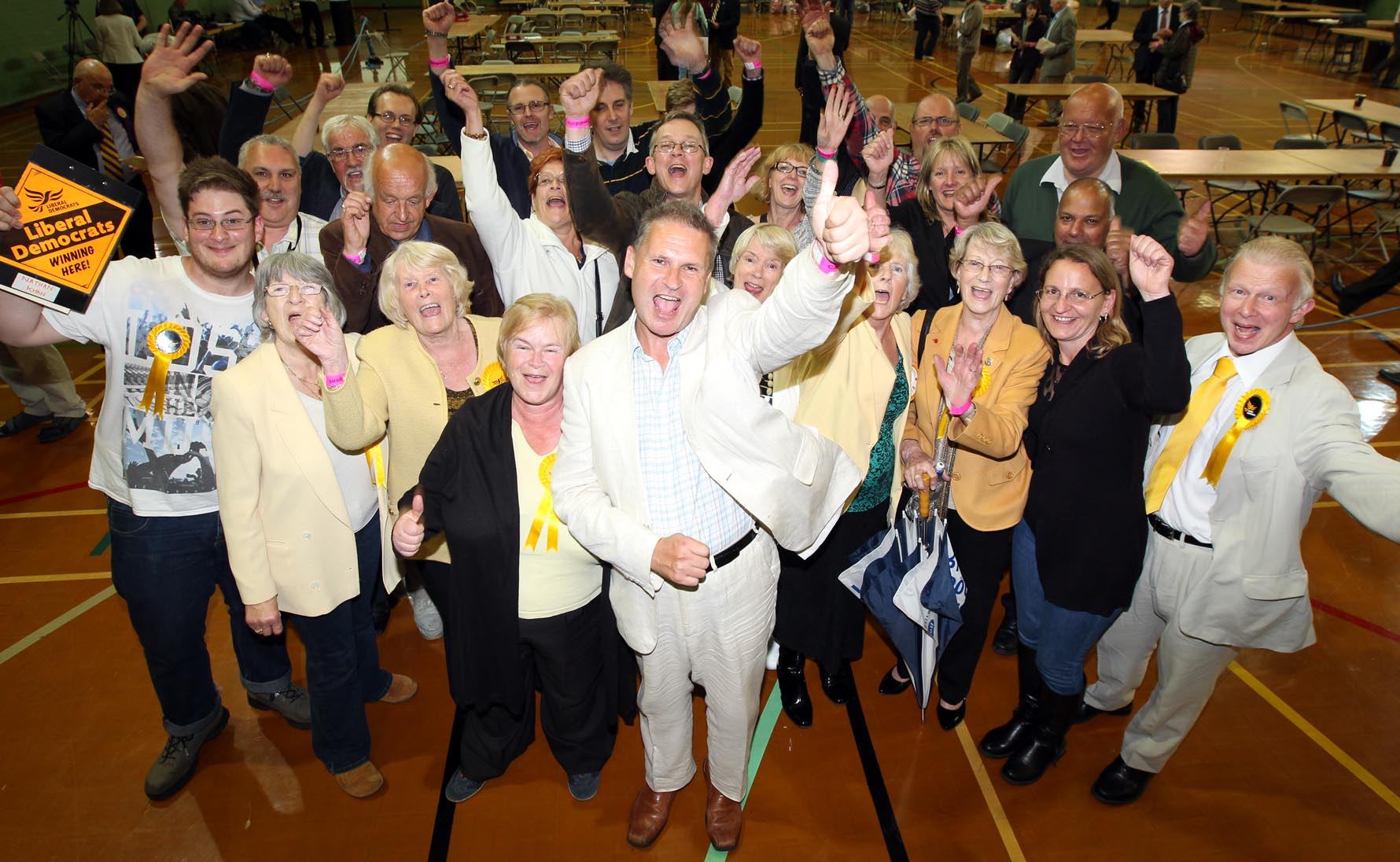Lib Dems fight offUKIP to tighten grip on Eastleigh