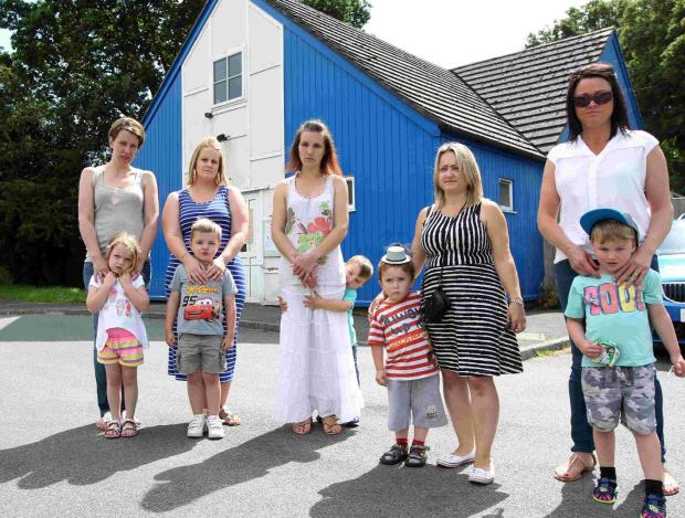 Lorraine Bailey-Dean with Caitlin and Jack, both 4, Mikhala Forbes, Alison Wilkinson with Liam, 3, Kerry Baynes with George, 3, and Tara Hughes with George, 4.