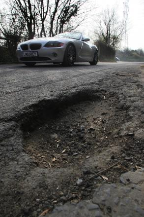 118,000 pot holes to be filled in £6m blitz across Hampshire