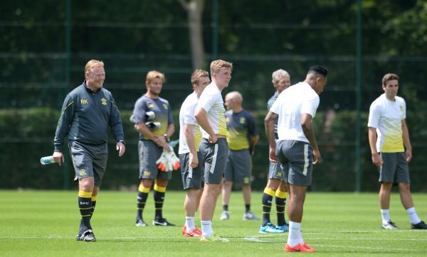 Koeman welcomes Saints players for start of pre season training