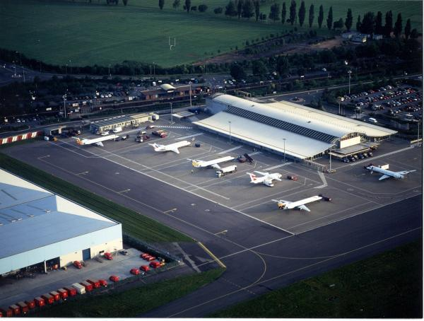 Southampton Airport sold to Ferrovial & Macquarie in deal worth over