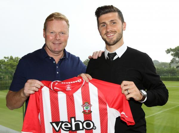 Ronald Koeman and Shane Long. Picture courtesy of Southampton FC.