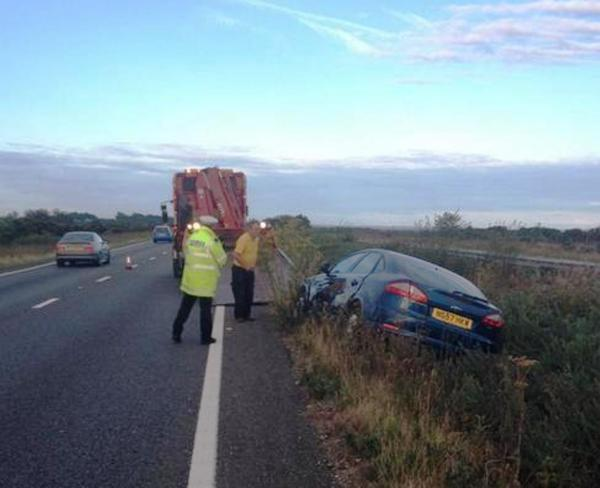 Car crash shuts lane on A31