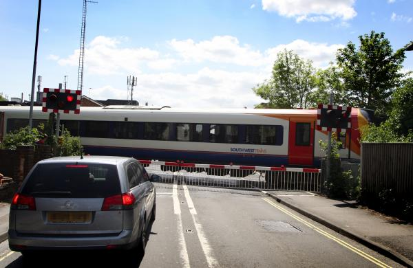 The level crossing in Totton