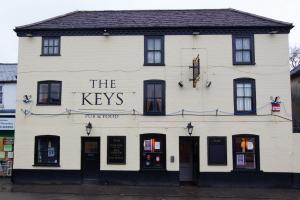 The Keys, Totton