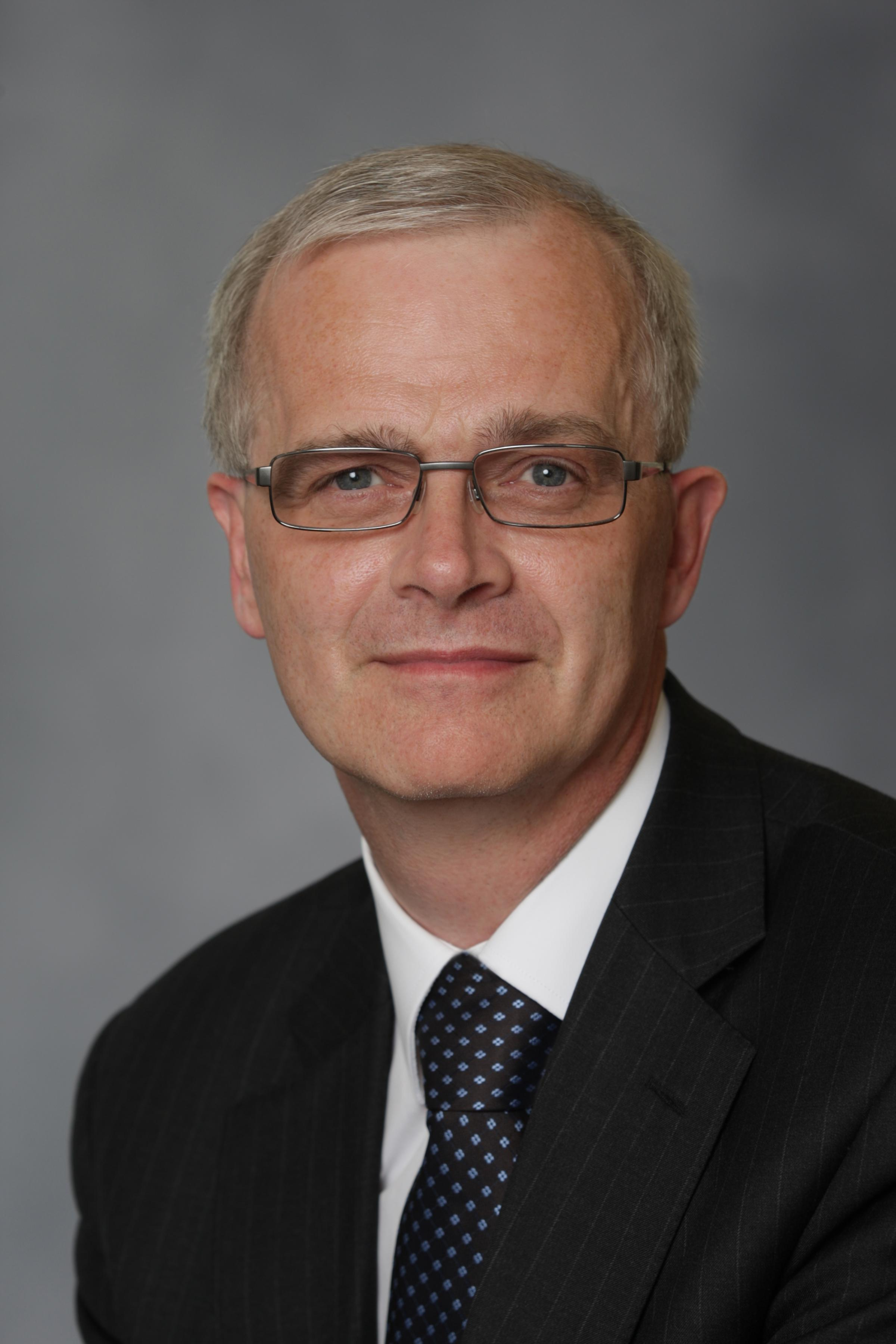 Southampton university has appointed Professor Sir Christopher Snowden.