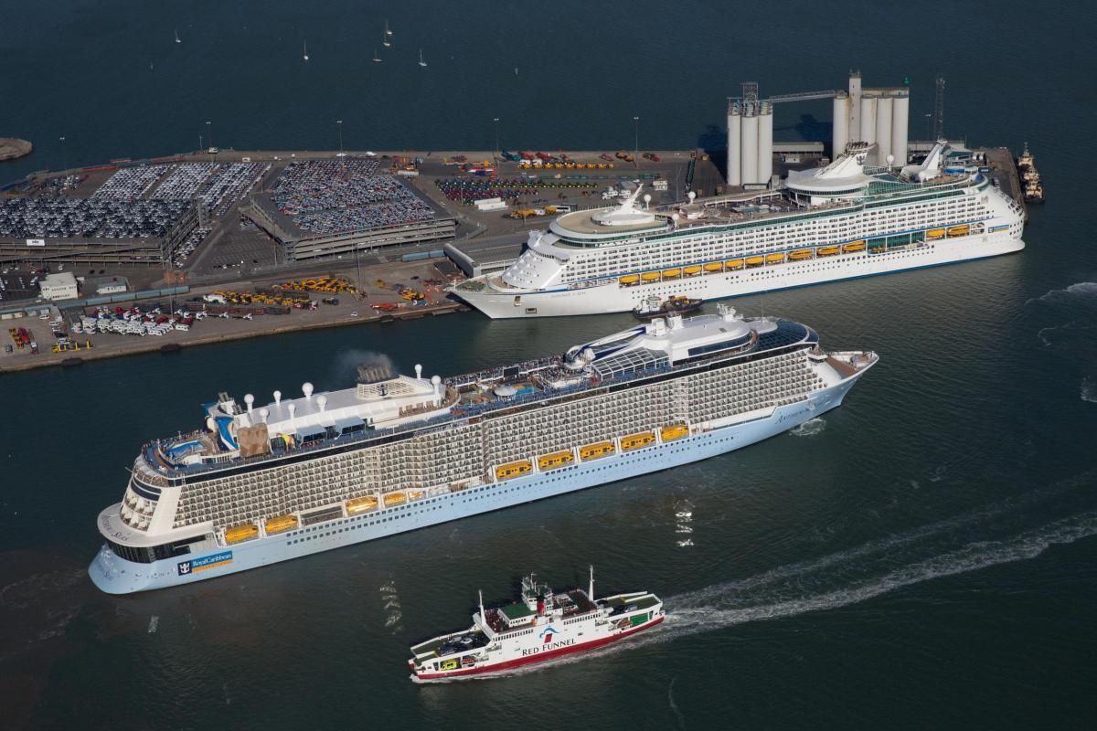 Southampton Cruise Ship Anthem Of The Seas Hit By Extreme Wind - Anthem of the seas cruises