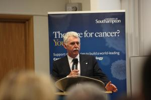Southampton university launches £25m campaign to cure cancer