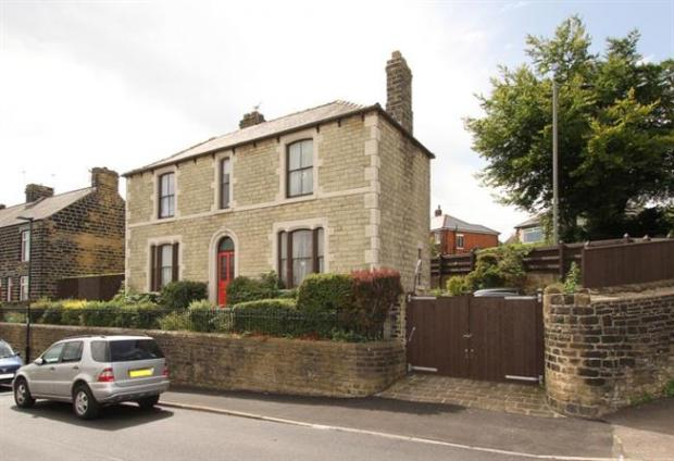 What would the average price of a basingstoke house buy in for Room design ecclesfield