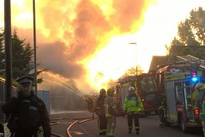 UPDATE & VIDEO: Fire breaks out in Hampshire industrial estate