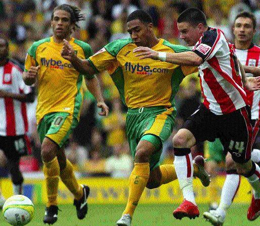 Adam Hammill playing for Saints against Norwich