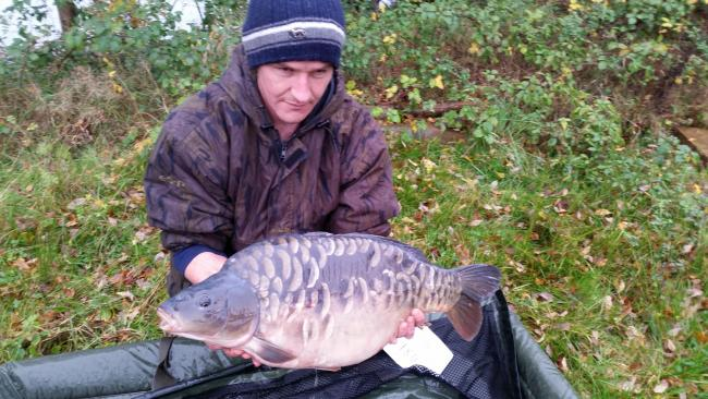 Paul Summers with an 18lb scaly at Linbrook Fishery