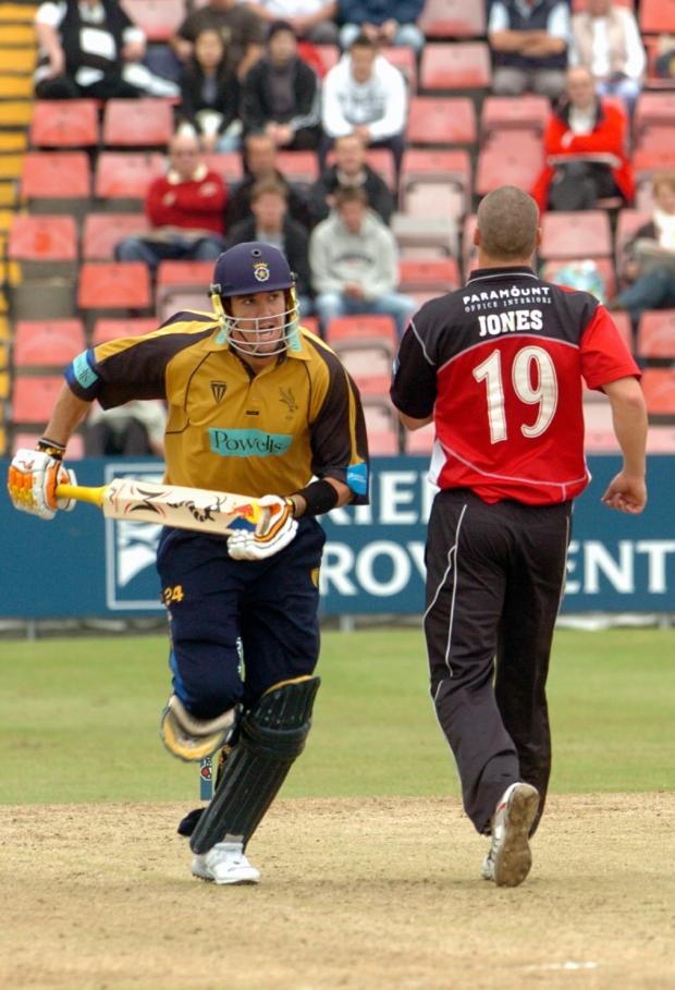 Kevin PIetersen in Hampshire action