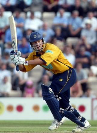 Shane Watson in Hampshire action