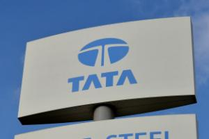 Steelworkers march over crisis as Tata compiles list of bidders for UK assets