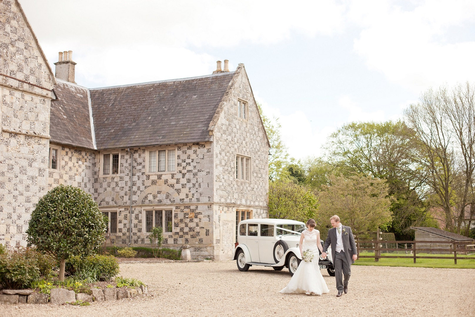 The Manor Barn (Winterbourne Stoke) Wedding Show