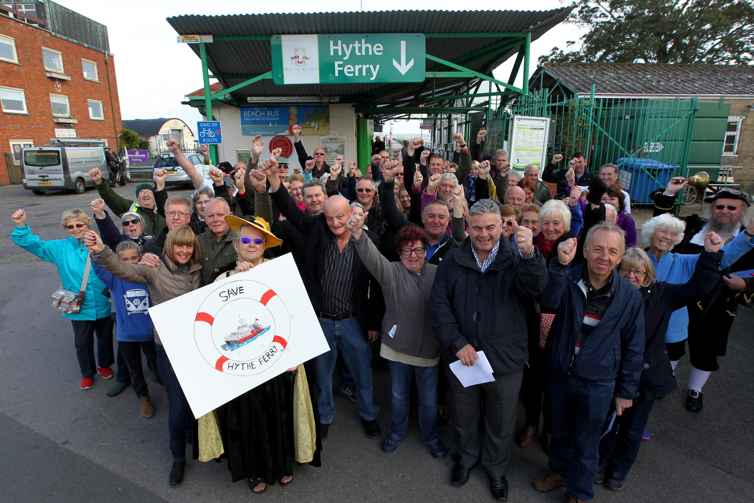 Calls for pier revamp to save Hythe ferry