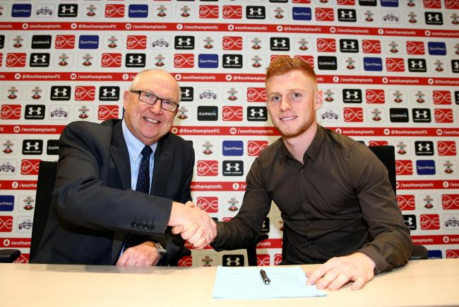 Harrison Reed signs new deal at Saints