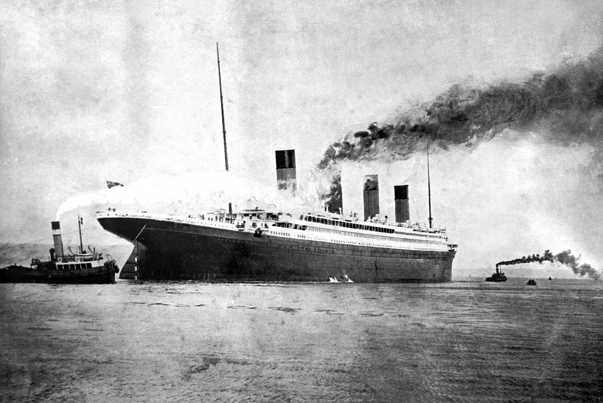 Image of the RMS Titanic leaving Southampton on her maiden voyage in April 1912. TITANIC SCANNED FROM GLASS NEG. Southern Daily Echo Archives..