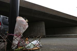 PHOTOS & UPDATE: Floral tributes left after Southampton grandad plunged to his death