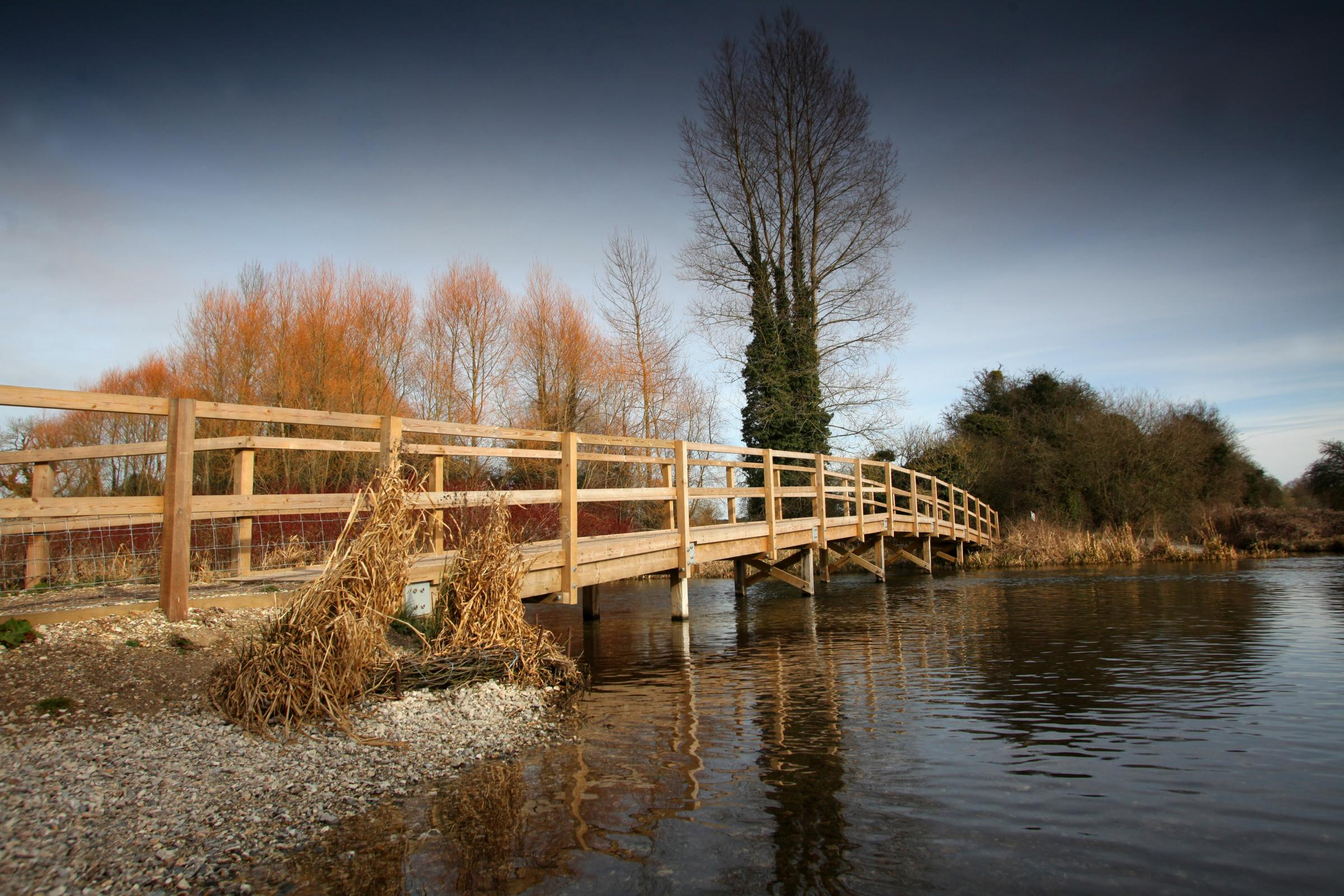 20 Feb 2012 - Hidden Hampshire - Footbridge over the River Test on the Clarendon Way at the village of Houghton.