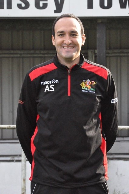 Romsey Town boss Andy Samuels