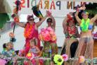 Tropical paradise. Totton Carnival, Calmore Industrial Estate                 Photograph: Chris Moorhouse                            Saturday 20th June 2015.