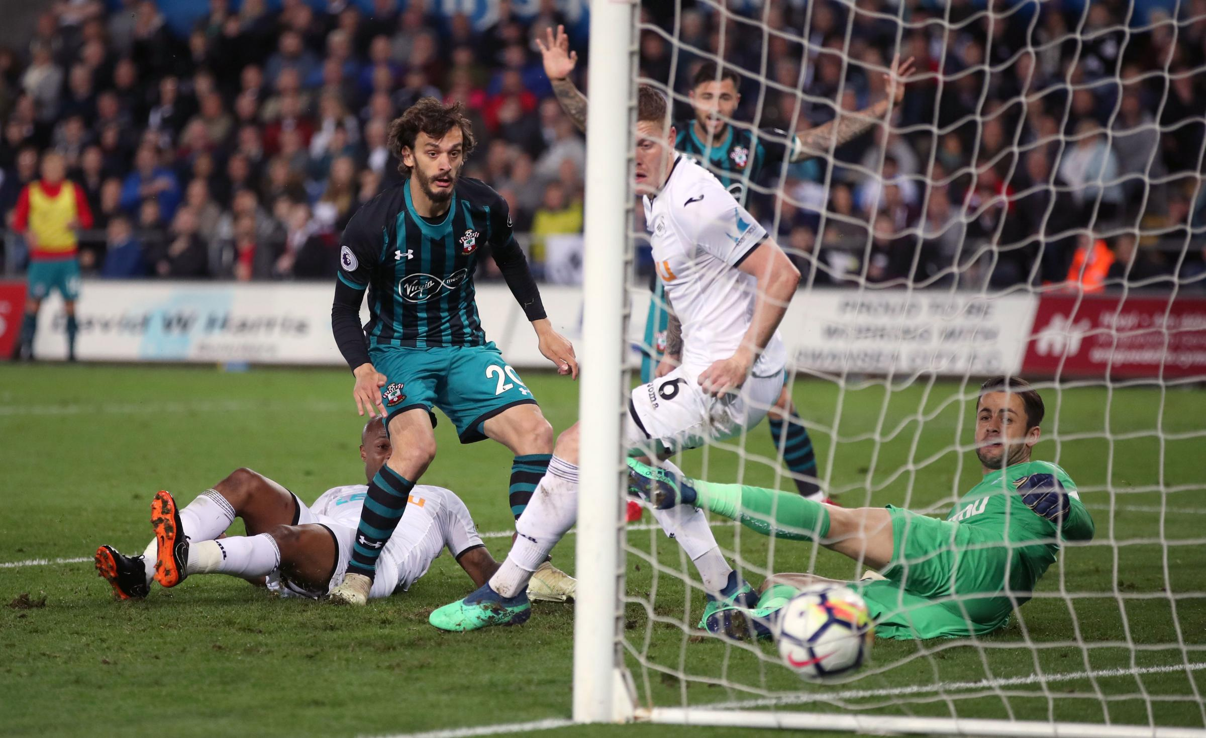 WATCH: Gabbiadini's finest moment in a Saints shirt