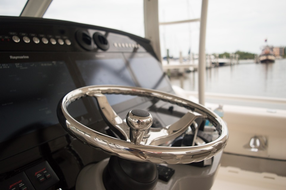 A yacht steering wheel - Stock image