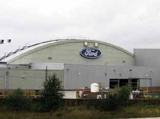 Ford in shadow of strike threats