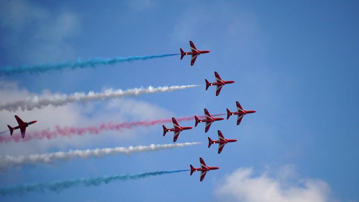 'We will try' - Red Arrows performance still due to go ahead today despite rain